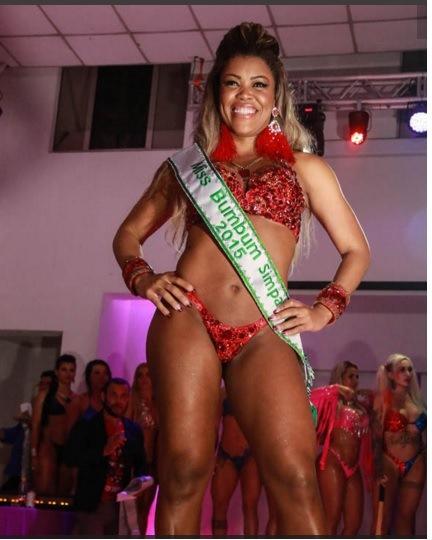 Daiana Oliveira fue nombrada Miss Simpatía. (Foto Prensa Libre: dailystar.co.uk)