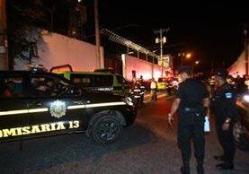 La Policía implementa resguarda el perímetro de la correccional Las Gaviotas ante posibles disturbios. (Foto Prensa Libre: Cortesía).