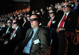 Las gafas para ver en 3D no te hace ver muy atractivo. (GETTY IMAGES)