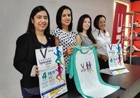 Presentan imagen de la quinta carrera Por tu Salud que este año apoyará al instituto de Hermanos Maristas. (Foto Prensa Libre: Roni Pocón)