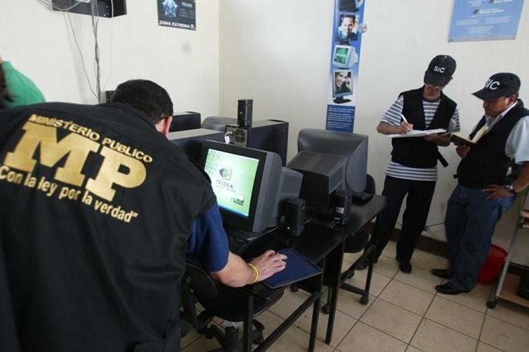 A diferencia de otro países de la región, Guatemala no tiene una medida que resguarde de los ciberdelitos. (Foto Prensa Libre: Hemeroteca PL)