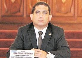 Según el ente investigador, el exsecretario privado de Roxana Baldetti tenía influencia en varias instituciones del Estado. (Foto Prensa Libre: Hemeroteca PL)