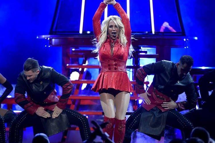 Britney Spears canta en Billboard Music Awards celebrados el 22 de mayo. (Foto Prensa Libre: AP)