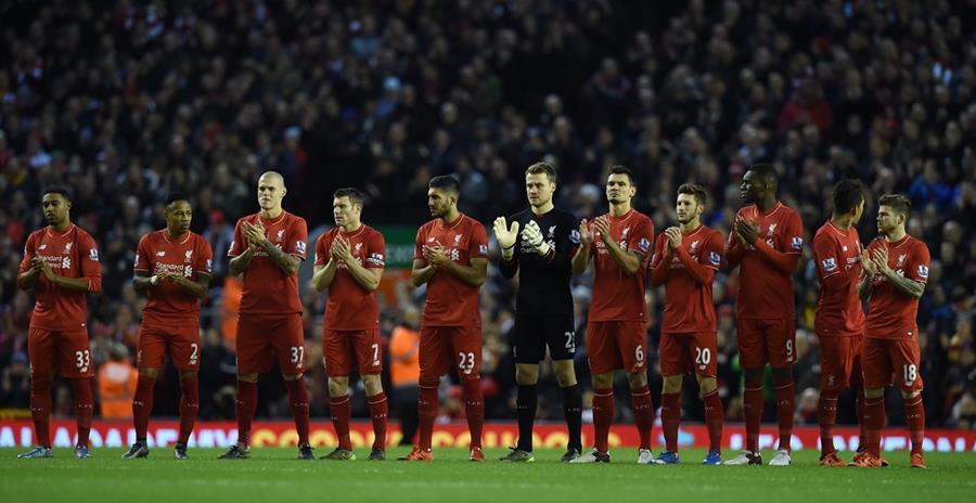 Liverpool fue el club que más dinero pagó a agentes. (Foto Prensa Libre: AFP).