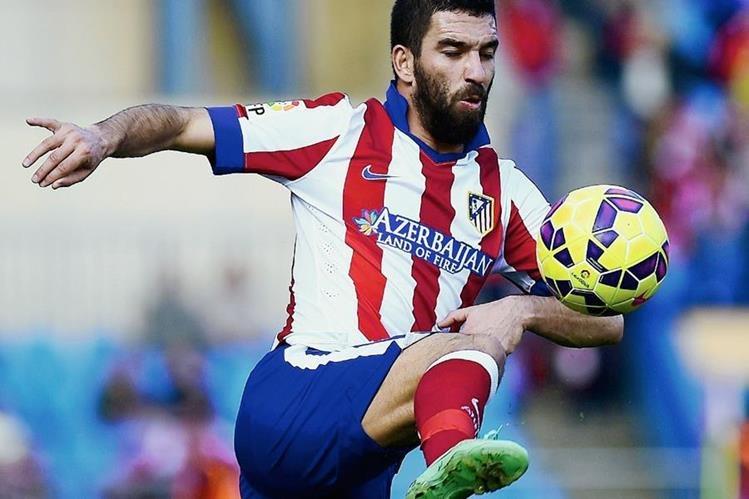 """Turán fue uno de los jugadores de mayor confianza para """"El Cholo"""" Simeone en el Atlético de Madrid. (Foto Prensa Libre: Hemeroteca)"""