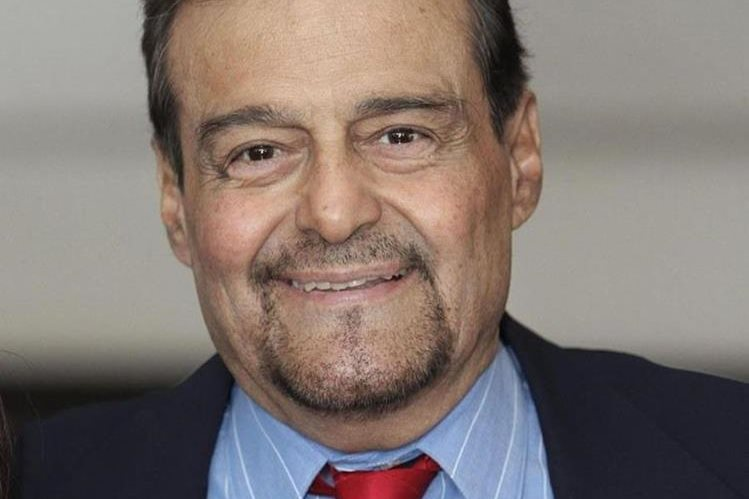 El histrión Gonzalo Vega ganó el premio TVyNovelas por su actuación en Cuna de Lobos. (Foto Prensa Libre: makemefeed.com)