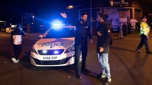 La policía detuvo a un hombre como sospechoso del ataque terrorista en Manchester. (Foto Prensa Libre: Cortesía)