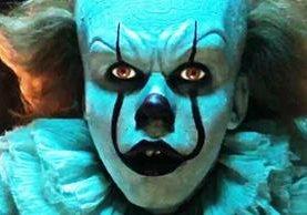 """El payaso Pennywise, de la película """"It"""", ha asustado a muchas personas, principalmente a quienes padecen de coulrofobia (Foto Prensa Libre: YouTube)."""