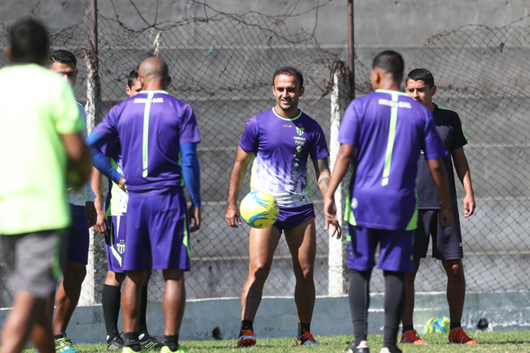 El mediocampista antigüeño José Manuel Contreras será determinante en la serie frente a Cobán Imperial. (Foto Prensa Libre: Francisco Sánchez)