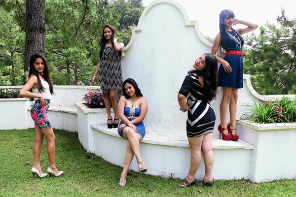 Cinco candidatas aspiran al cetro de Señorita San Cristóbal Verapaz, en Alta Verapaz (Foto Prensa Libre: Eduardo Sam Chun)