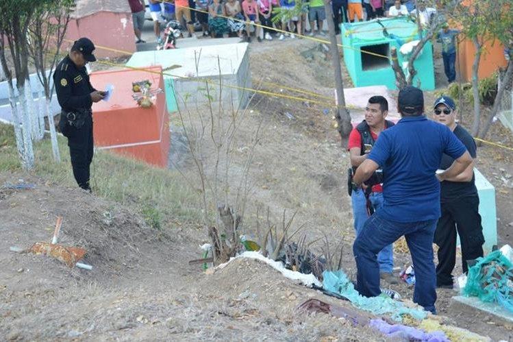 Lugar donde fue hallado el cadáver de la víctima, en Zacapa. (Foto Prensa Libre: Víctor Gómez).