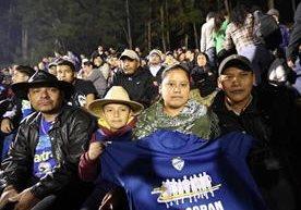 Los seguidores cobaneros cumplieron con el apoyo a su equipo.