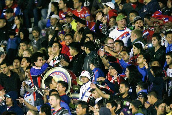 La afición quetzalteca es la que más asiste a apoyar a su equipo cada semana. (Foto Prensa Libre: Norvin Mendoza)