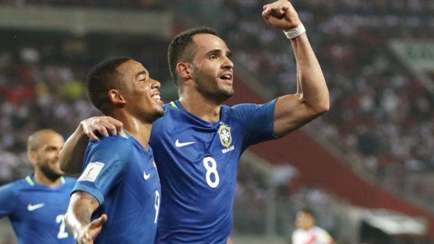 Con seis victorias consecutivas Brasil tiene la clasificación al alcance de la mano. (Foto Prensa Libre: Reuters)