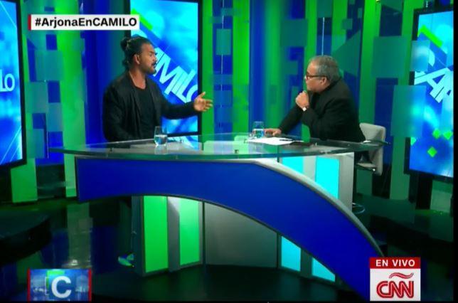 Arjona furioso abandona entrevista en CNN