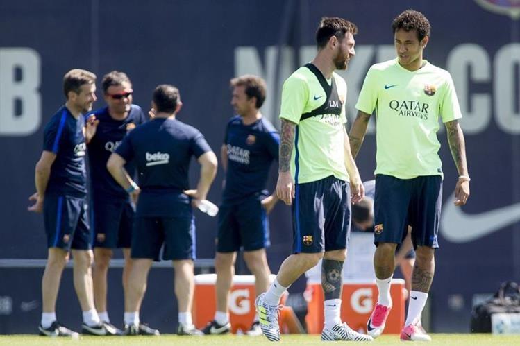 Barcelona busca levantar la copa