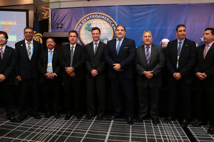 La Uncaf reúne a los miembros de las Asociaciones de Futbol de la región y apoya al Comité de Regularización de la Fedefut. (Foto Prensa Libre: Uncaf)