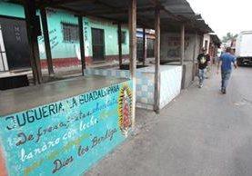 Varios locales del mercado de Jocotales, Chinautla han cerrado debido a las extorsiones. (Foto Prensa Libre: Hemeroteca PL)