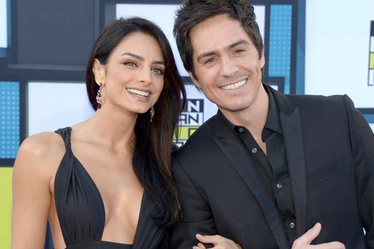 """Aislinn Derbez y Mauricio Ochmann, que protagonizaron la película """"A la mala"""", son esposos desde 2016 (Foto Prensa Libre: servicios)."""