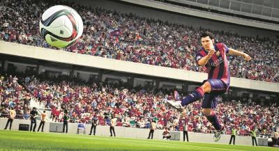 Las jugadas son ahora más dinámicas, desde la defensa hasta el ataque. (Foto Prensa Libre: EA SPORTS).