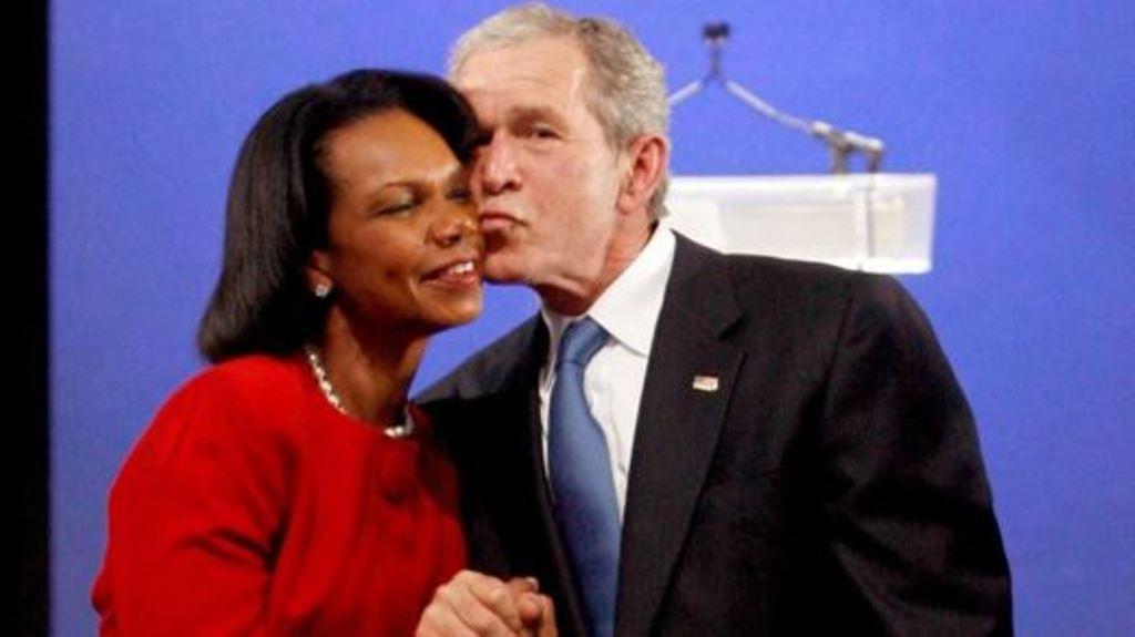"""Se dice que el ex presidente de EE.UU., George W. Bush, y la ex secretaria de Estado, Condolezza Rice, tenían una relación de """"esposos de trabajo"""". GETTY IMAGES"""