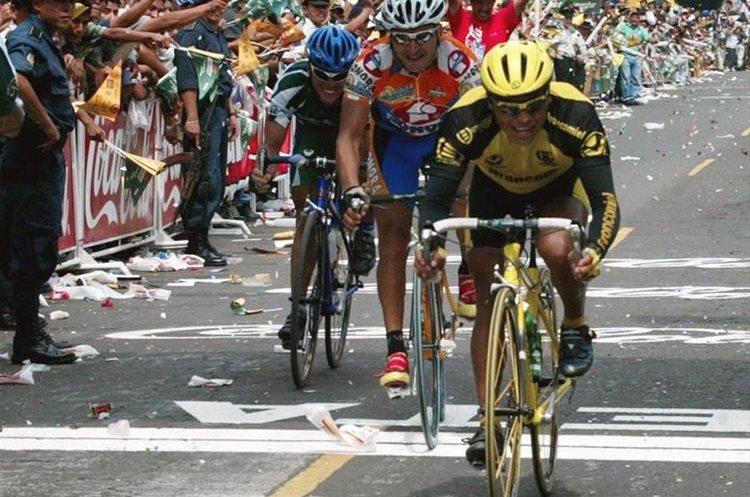 El ciclista nacional se inició en el deporte en 1997, y participó en varios eventos nacionales e internacionales. (Foto Prensa Libre: Hemeroteca PL)