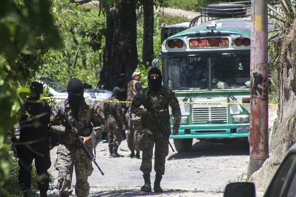 países de la región se ven afectados a diario por hechos de violencia.(Foto Prensa Libre:EFE)