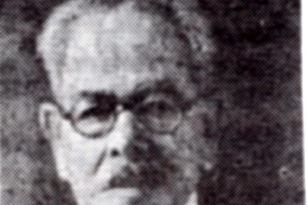 <p>Julián Paniagua  era violinista y compuso obras para  marimba y marchas fúnebres.</p>