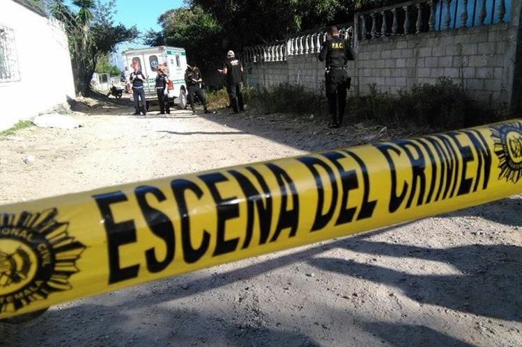 Hombre de 69 años localizado muerto en Palencia. (Foto Prensa Libre: Estuardo Paredes)