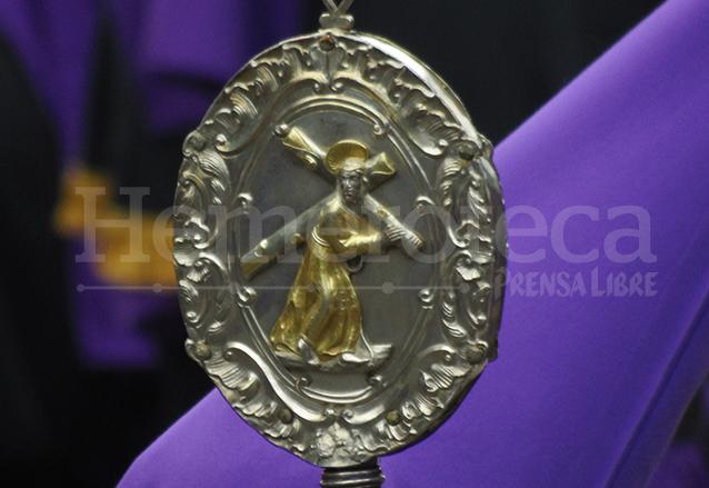 Vara de plata de la Cofradía de Jesús de la Merced, data del siglo XVIII. (Foto: Néstor Galicia)