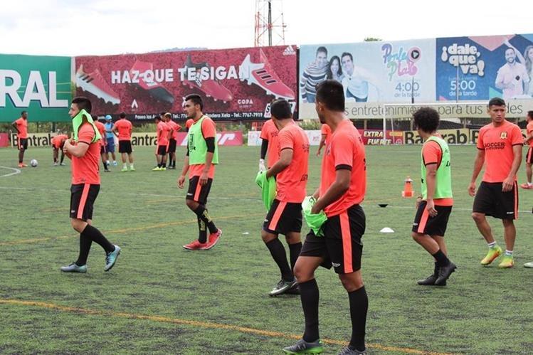 Rosario está en la recta final de la preparación y alista el debut el 30 de julio de visita a Chimaltenango.(Foto Prensa Libre: Raúl Juárez)
