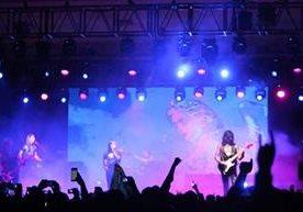 La banda argentina presentó sus temas recientes.