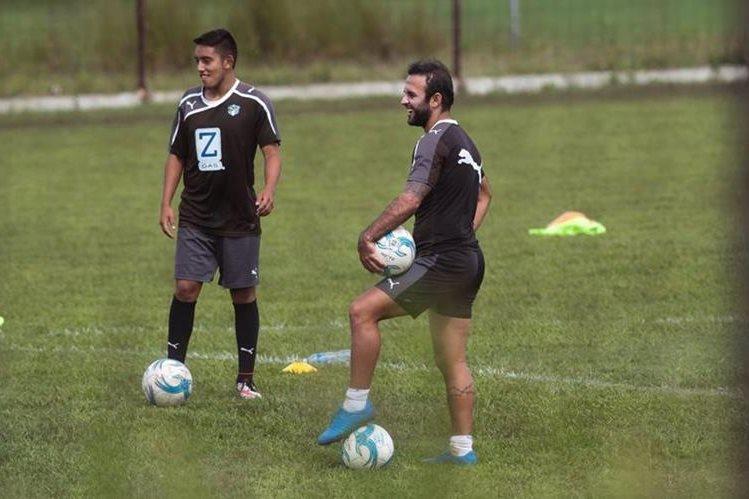 José Contreras durante el entrenamiento de Comunicaciones en Greenfield en Mixco. (Foto Prensa Libre: Norvin Mendoza)