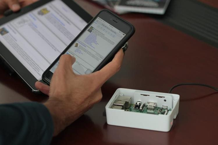 El Raspberry Pi provee señal a dispositivos que se encuentren en un radio de 25 metros.