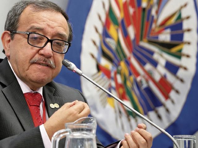 El relator Luis Ernesto Vargas Silva dijo que examinarán la situación de los derechos humanos en el país. (Foto Prensa Libre: Cortesía CIDH)