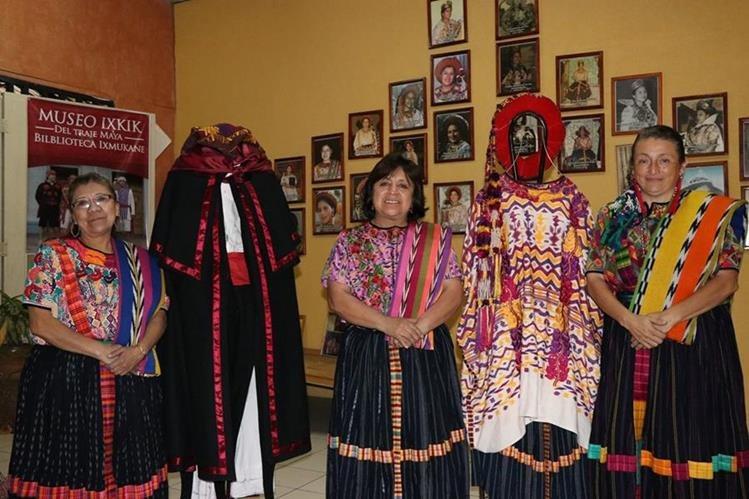 Miriam Nimatuj, Raquel García y Lina Barrios fundaron el Museo Ixkik