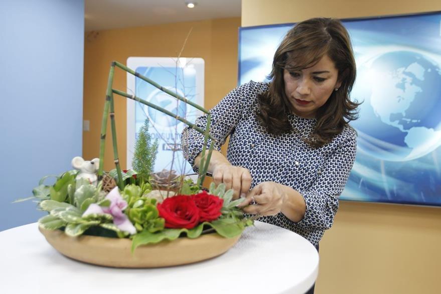 Belleza natural para decorar la mesa for Detalles para decorar jardines