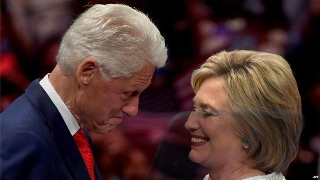 El matrimonio Clinton ha tenido una controvertida relación con México. AFP