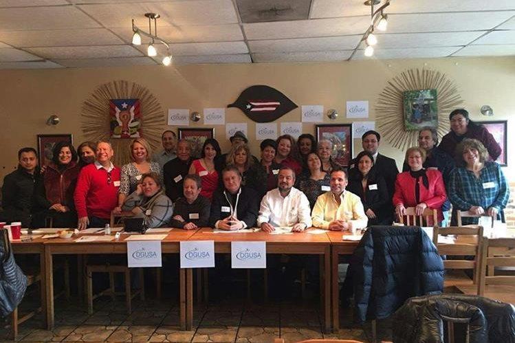 Integrantes del Frente Común de Apoyo que organizó la colecta en Illinois, Chicago. (Foto Prensa Libre: DGUSA)