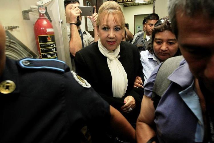 Stalling es procesada por posiblemente haber cometido tráfico de influencias en favor de su hijo Otto Fernando Molina Stalling. (Foto Prensa Libre: Hemeroteca PL)