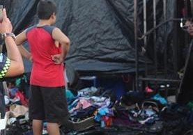 Uno de los locales que fue consumido por el fuego en Chiquimula. (Foto Prensa Libre: Edwin Paxtor).
