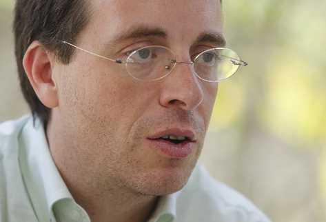 Luis Alberto García Garín Sus sueños de la infancia se han concretado en lo académico.