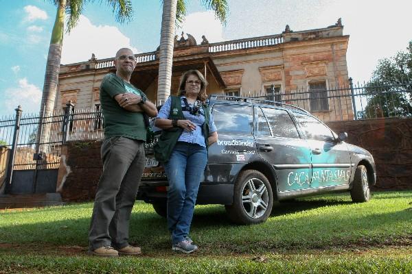 Joao Tochetto y su esposa Maria Rosa Jaques, investigadores y presentadores del programa Visión Paranormal. (Foto Prensa Libre: EFE)