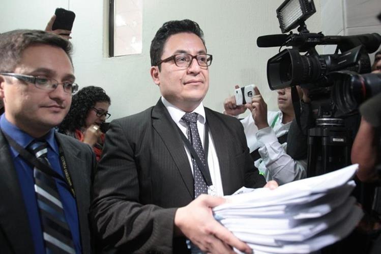 Julio Barrios Prados en diciembre de 2015 antes de acusar a Roxana Baldetti en el caso La Línea. (Foto Prensa Libre: Hemeroteca PL)