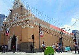 Restauran la Iglesia de Santa Clara luego de varios años de abandono y daños. (Foto Prensa Libre: Edwin Pitán)