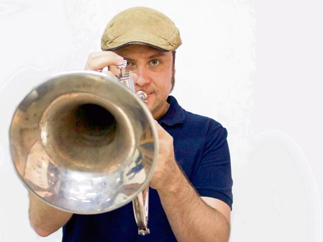 El trompetista  Jacobo Nitsch es uno de los creadores de la idea de Jazzimba. (Foto Prensa Libre: Cortesía Festival de Junio)