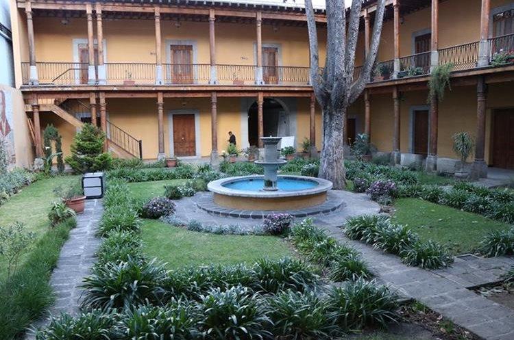 Casa No´j está en el Centro Histórico de Xela y es un espacio para promover el arte y la cultura de la ciudad. (Foto Prensa Libre: María José Longo)
