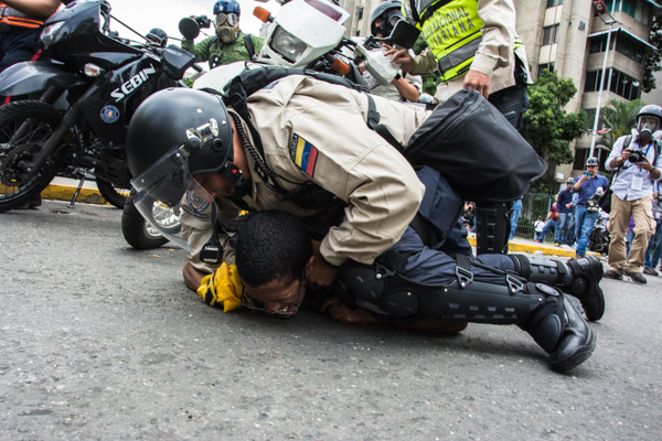 La ONU exige al gobierno venezolano que frene la represión. (Foto del sitio radiorumbos670am.com.ve)