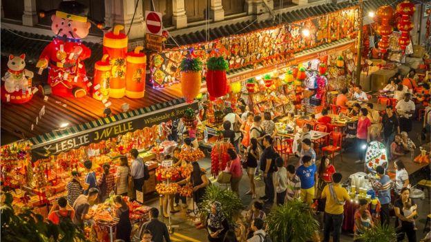 Singapur está formado por 63 islas y tiene una población de cerca de seis millones de habitantes. (CALVIN CHAN WAI MENG/GETTY IMAGES)