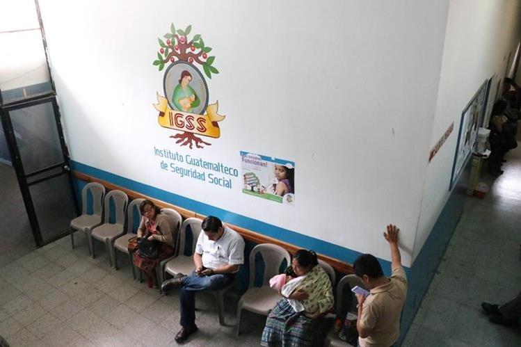 El espacio que ocupa el IGSS en un anexo del Hospital Regional de Sololá deberá ser desalojado antes del 24 de junio. (Foto Prensa Libre: Ángel Julajuj)